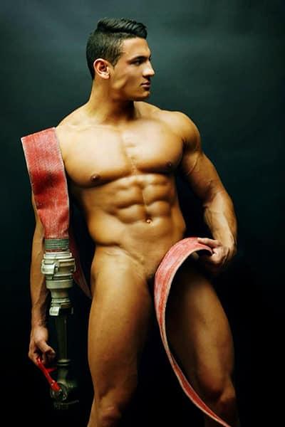 Stripteaseur à Domicile à Paris (Abraham) 1