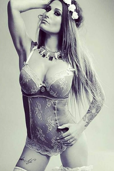Zara, Stripteaseuse 75 Latina thème soubrette pas cher.