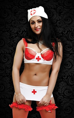 Elina, notre délicieuse Stripteaseuse Brune et souriante à Domicile en ile de france (77, 78, 91, 92, 93, 94, 95) Topless ou Intégral. pas cher.