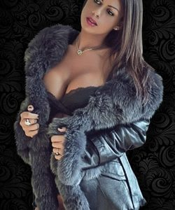 Stripteaseuse à Domicile à Idf (Maeva)