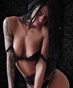 Stripteaseuse en Limousine Paris (Esperanza)